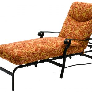 6913 Chaise Lounge