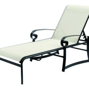 8513 Chaise Lounge