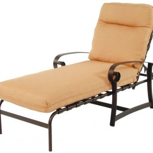8613 Chaise Lounge