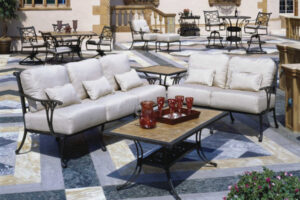 Read more about the article Investing in High-End Outdoor Furniture